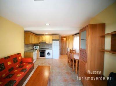 TURISMO VERDE HUESCA. Casa Garcés de Laspuña